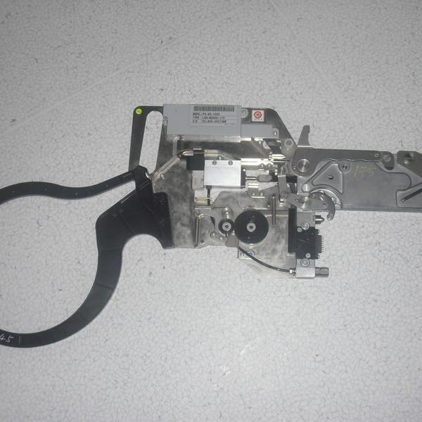F2 82 2